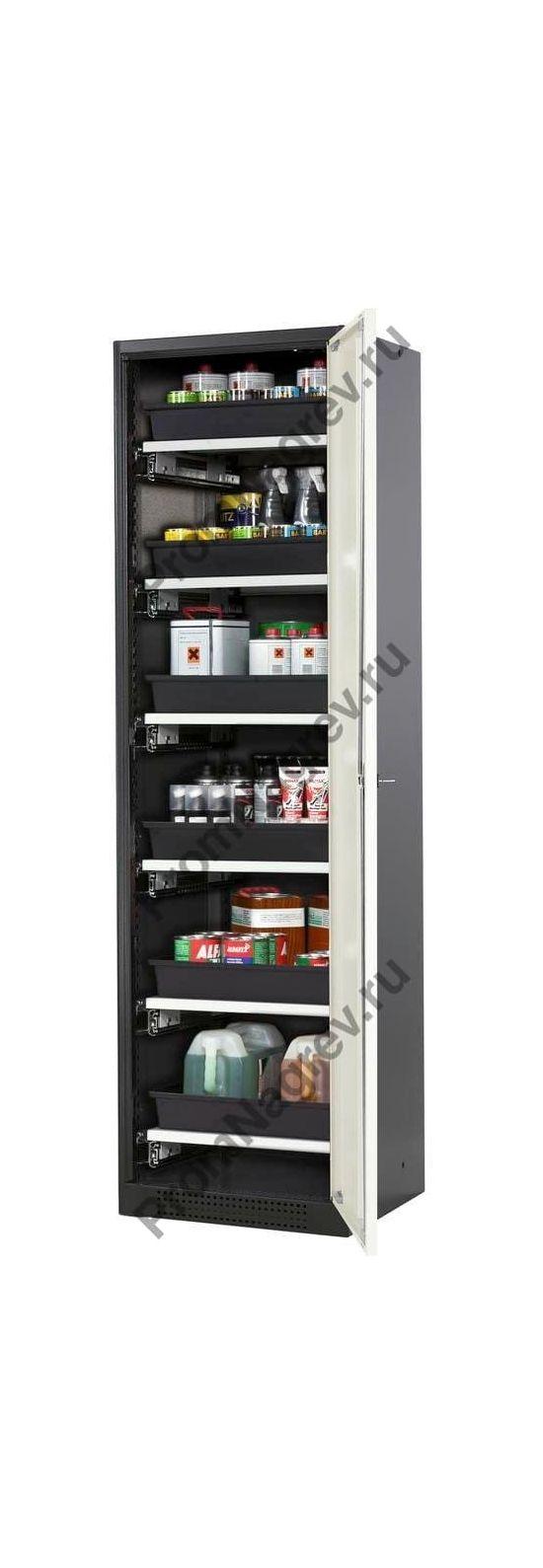 Химический шкаф Systema-T CS-56R с белыми дверями и шестью выдвижными ящиками-поддонами.