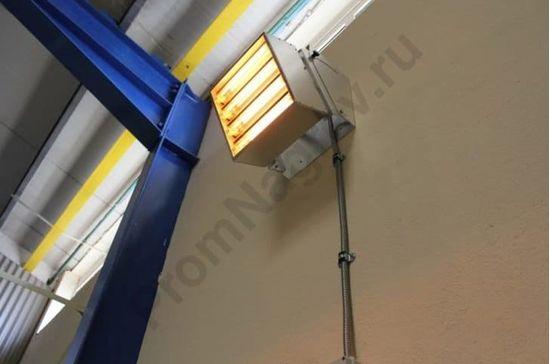 Складской инфракрасный обогреватель Vulcan 12000 Вт, монтаж на стене