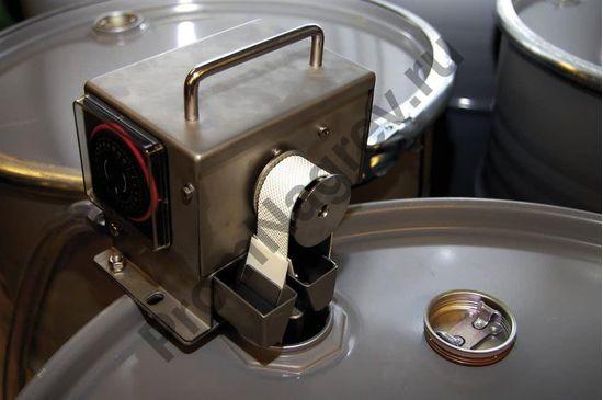 Скиммер короткий (глубина погружения 115 мм) для сбора масел и нефтепродуктов.