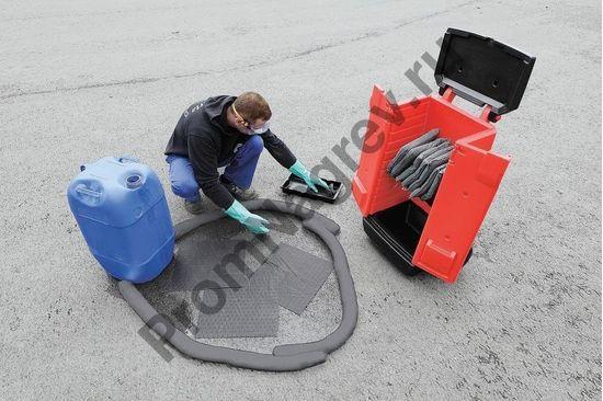 Набор аварийный в красной тележке на колесиках (для масла и нефти).