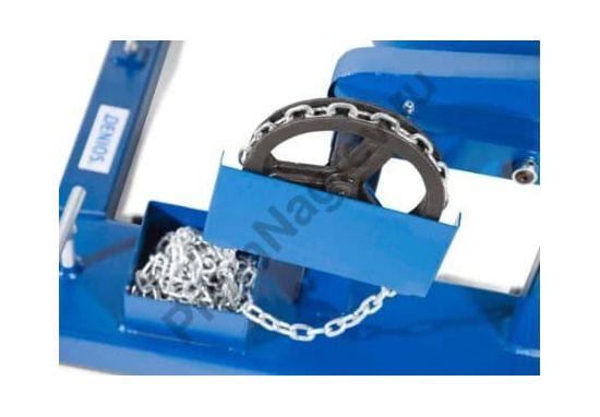 Поворотное устройство SVK из окрашенной стали для бочек 200 литров, с цепью для удобной работы с емкостью