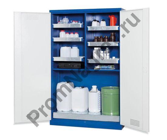 Большой вместительный шкаф с организованной системой хранения очень удобен в эксплуатации: вы получаете большой обзор и возможность быстрого доступа ко всем вещам.