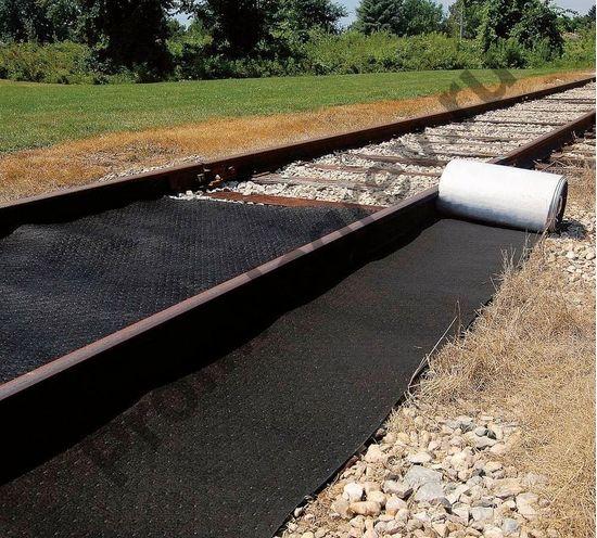 Ширина рулона подходит для железнодорожных путей.