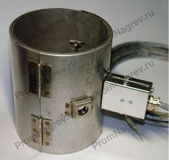 Герметичный хомутовый микантовый нагреватель посадочный диаметр 130 мм, ширина 170 мм, отверстие под термопару, высокотемпературный провод в металлической оплётке, закреплённый на коробе