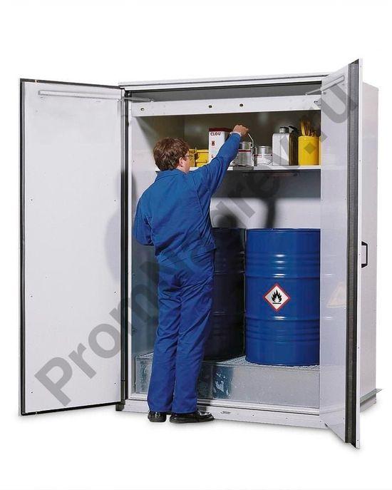 Огнестойкий шкаф тип VbF 90.2  для хранения 2 бочек и с полкой для малых ёмкостей