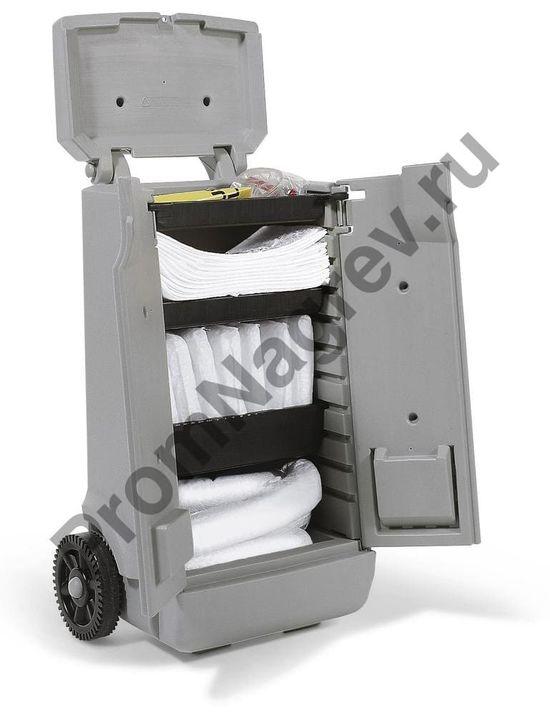 Набор сорбентов на случай аварии (масляные и топливные продукты) в тележке на колёсиках.