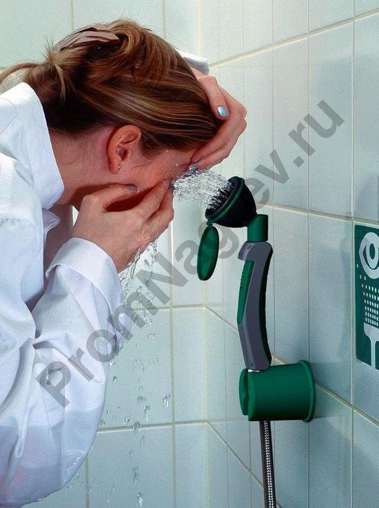 Аварийный фонтан для промывки глаз и рук с 1 душевой лейкой, расположенной под углом 45°, настенный/настольный монтаж, BR 713 025