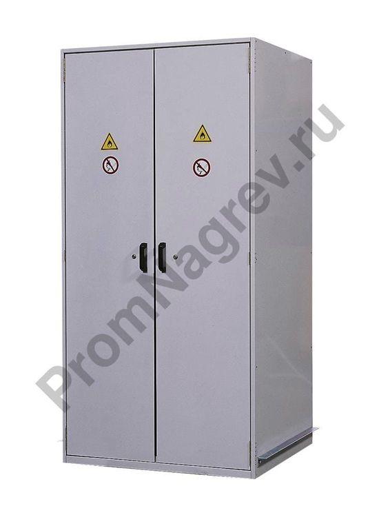 Скользящий рельс-доводчик и система блокировки двери гарантируют максимально безопасную и удобную эксплуатацию бочкового огнеупорного шкафа VbF 90.1