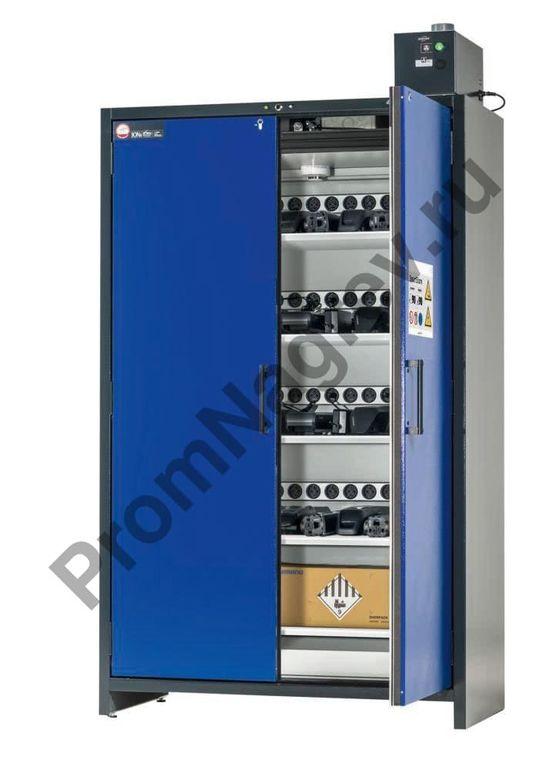 Шкаф для литий-ионных аккумуляторов,  с функцией зарядки, имеющий 5 полок.