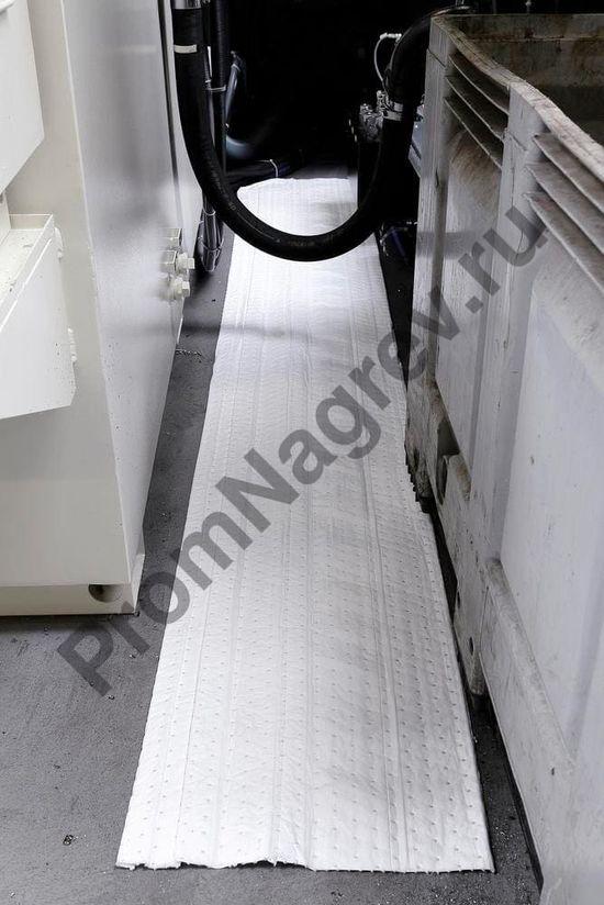 Рулон впитывающей нетканой тонкой материи, одинарной, 76 см x 45 м (масло/нефть).